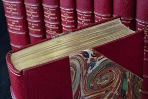 """La prima edizione Gallimard de """"La recherche"""" di Marcel Proust"""